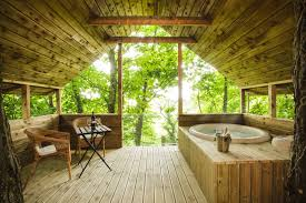100 Tree Houses With Hot Tubs Cottages For Couples Distinctive Luxury Cottages For