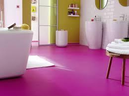salle de bain mauve 20 salles de bains colorées décoration