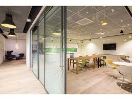 Armstrong Acoustic Ceiling Tiles Australia by 25 Canada Square Canary Wharf Armstrong Sufity Podwieszane