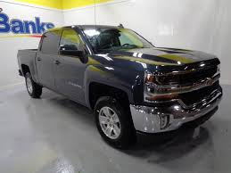 2018 New Chevrolet Silverado 1500 4wd Crew Cab Short Box Lt At Banks ... Gmc Canyon Truck Camper Authentic 2017 Chevy Shell Autostrach Leer Shell On Long Bed Colorado Diesel Forum Wikipedia Luxury Ford Ranger Types Of Silverado The Lweight Ptop Revolution Vwvortexcom Pickup Truck Camper Shells Installed For Camping Or 2007 Accsories How Much A Steve Mcqueenowned Baja Race Sells 600 Oth Best Shells In Folsom Reno Caps And Snugtop Leer Dealer Boss Van Truck Outfitters