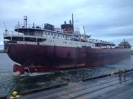 What Year Did The Edmund Fitzgerald Sank by Huge Boat That Replaced Ill Fated Edmund Fitzgerald Docked For