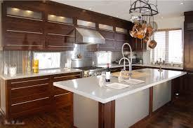 image de cuisine cuisines armoires de cuisines et salles de bains sur mesure par