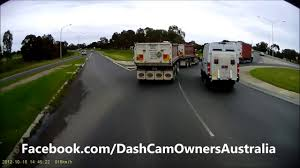 Dash Cam Owners Australia What Truck Drivers Put Up With Daily ... Dash Cam Owners Australia What Truck Drivers Put Up With Daily 2 18 Wheeler Truck Accident In Usa Semi Attorney 2017 Dash Cam Crash Road Youtube Avic Viewi Hd Duallens Tamperproof Professional Gps 2014 Ford F250 Superduty Blackvue Dr650gw2ch Installed Dual Lens A Hino 258 J08e Tow Cameras Watch Road Too Tnt Channel Incar Video Camera Dvr Dashcam Reversing Kit R Raw Cam Footage Of Inrstate 35e Threevehicle 35 Mb Aa 383 Engine Fire At Ohare Blackvue R100 Rearview Kit