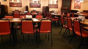 Monicals Pizza Table And Booth Seating In The Dining Room