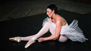 ballet dancing lessons howcast the best how to videos on the web
