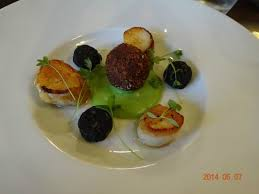 canape york scollops with mini black pudding picture of duke of york