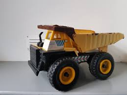 TONKA DUMP TRUCK - Collectible Vintage Metal Die Cast Construction ... Vintage Tonka Metal Dump Truck Xmb975 Turbo Diesel Remco Backhoe Vtg Huge 1974 Mighty 3900 Pressed Steel Xmb Tonka Toy All Metal Wpneumatic Bed This Ting Was So Tough I Trucks Top Car Reviews 2019 20 Gvw 35000 Dark And 18 Similar Items 1970 2585 Hydraulic Youtube Colctibles Old For Sale City 2014 Die Cast Bodies Realistic Tires 1 Vintage Mighty Earth Mover 54070 Metal Yellow To Store 1500 Classic 354 Item90691 3 Ebay