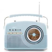 radio salle de bain occasion radio portable bleue cuisine salle de bain style vintage