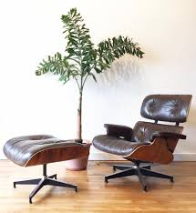Eames Herman Miller Lounge Chair & Ottoman In Rosewood & Leather Brown Leather Eames 670 Rosewood Lounge Chair 2 Home Brazilian Sold 1970s Herman Miller Ottoman Details About Rare 1960s Lcm Mid Century Modern Classic Emes Style And 100 Top Genuine Black 60s Italian White In Early Special Order Green