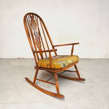 Vintage Windsor Rocking Chair Windsor Rocking Chair For Sale Zanadorazioco Four Country House Kitchen Elm Antique Windsor Chairs Antiques World Victorian Rocking Chair English Armchair Yorkshire Circa 1850 Ercol Colchester Edwardian Stick Back Elbow 1910 High Blue Cunningham Whites Early 19th Century Ash And Yew Wood Oxford Lath C1850 Ldon Fine