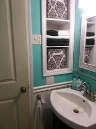 Teenage Bathroom Decorating Ideas by Best 25 Teen Bathroom Decor Ideas On Pinterest Teen Bathroom