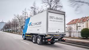 100 Electric Trucks Daimler Pumping RD Into Connectivity Autonomous