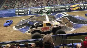 Monster Jam Tucson 2018 - 15 - YouTube Monster Truck Visits Roadrunner Elementary Tucsoncom 31st Annual Summer 4wheel Jamboree Welcomes Ram Truck Brand Photo Album Anatomy Of A The 1118kw Beasts You Pilot Peering Officials Man Dies In Steep Flooded Wash South Tucson Jam Cvention Center 2282016 Youtube Grave Digger Freestyle 2013 Az Triple Threat Series Moda At Rose Quarter Obsessionracingcom Page 7 Obsession Racing Home Free Stunt