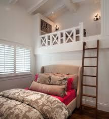 mezzanine chambre adulte design interieur lit mezzanine adulte echelle eclairage deco across