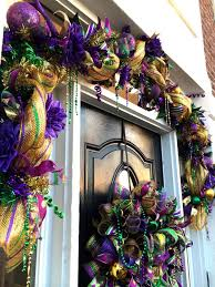 Burlap Mardi Gras Door Decorations by How To Make A Deco Mesh Mardi Gras Garland Learn To Make Deco