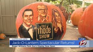 Roger Williams Pumpkin by Jack O Lantern Spectacular At The Roger Williams Park Zoo Youtube