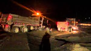 2 Dumb Dump Truck Drivers - YouTube
