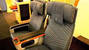 siege premium economy air singapore airlines premium economy class preview