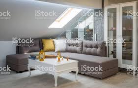 wohnzimmer innenraum loftwohnung dachboden renovierung stockfoto und mehr bilder architektur