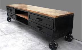 rénover canapé comment rénover du mobilier industriel