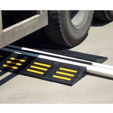 100 Heavy Duty Truck Service Ramps Dual 375D Supply Line Master Stream Water Hose Protector Ramp