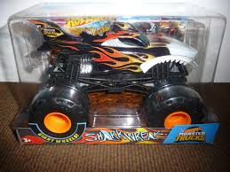 SHARK WREAK -- New For 2018!! Hot Wheels 1:24 MONSTER JAM Style ... Pictures Of Monster Trucks Save First Female Cadian Truck 2011 Jam Series Hot Wheels Wiki Fandom Powered By Wikia Shark Shock Diecast Vehicle 124 Scale Sonuva Digger Vs Wreak Carro Attack Road Rippers Youtube Remote Control Wwwtopsimagescom 164 2pack Vs Amazoncouk 2002 Original Grave With Pinewood Derby Car Wooden Thing