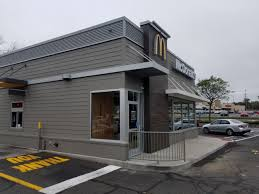 McDonalds In Stratford, CT – Architectural Canopies | New Haven Awning Architectural Awnings Forman Signs Manufacturer Hoover Products Retractable Majestic Awning New Jersey Service Pro Sign Lighting Light Structure Abita Shades Solutions Houston Tx Residential Carports Steel Rv Storage Covers Sale Canvas Delta Tent Company