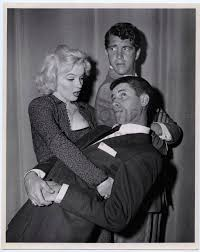 Living Up Jerry Lewis 1954 Stock Photos U0026 Living Up Jerry Lewis by 24 02 1953 Marilyn Reçoit Le Prix Redbook Divine Marilyn Monroe