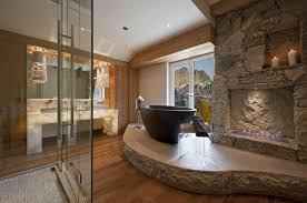 badezimmer ideen naturmaterialien stein holz podest stein