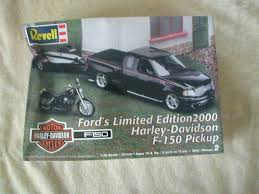 100 Ford Harley Davidson Truck Revell 2000 F150 F150 Limited Edition