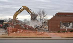 Wood Dunning Funeral Home building razed 12 23 14 Plainview