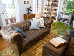 Decorating With Brown Couches by 21 Living Room Tufted Leather Sofa Designs