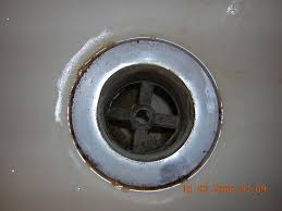 Tub Drain Strainer Replacement by Rust Between The Bathtub And The Drain Flange Terry Love