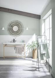 wandfarbe grün salbeigrün designfarbe badezimmer streichen