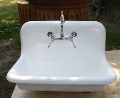 Old Kitchen Sinks With Drainboards by Old Cast Iron Kitchen Sinks Victoriaentrelassombras Com