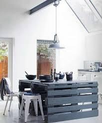 ilot cuisine palette fabriquer un grand îlot de cuisine avec des palettes