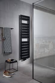 mit blick auf den winter heizkörper fürs bad badezimmer