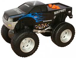 100 Bigfoot Monster Truck Toys Tate Road Rippers Light And Sound 25cm By