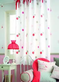 rideaux chambre fille rideaux de chambre 9 rideaux literie et oreillers le violet dans