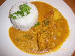 cuisiner du cabillaud dos de cabillaud au lait de coco et tomates parfumée au curry et