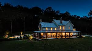 Miley Cyrus Buys House in Franklin Tennessee for $5 8 Million