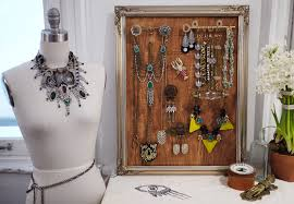 DIY Jewelry Display With Lulu Frost