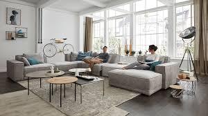 großes wohnzimmer viel platz zur gestaltung moebelmarkt