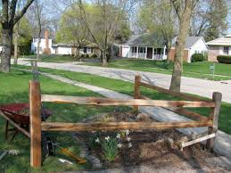 Decorating Traditional Split Rail Fence For Garden Decor Ideas