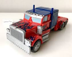 Transformers Optimus Prime Red Truck 2008 - Hasbro Acti