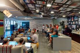 100 Office Space Pics 4 Tips To Create A Collaborate Workplace ChargeSpot