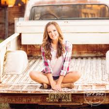 Moore Pumpkin Patch Tyler Tx by Senior Photography Senior Pictures Class Of 2017 Dallas