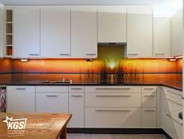 küchenrückwand mit individuellem motivdruck in der ansicht