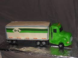 10 Easy Semi Truck Cakes Photo - Semi Truck Cake, Semi Truck Cake ... Cakes By Setia Built Like A Mack Truck Optimus Prime Process Semi Cake Beautiful Pinterest Truck Cakes All Betz Off Ups Delivers Birthday Semitruck Grooms First Sculpted Cakecentralcom Ulpturesandcoutscars Crafting Old Testament Man New Orange Custom Built Diaper Cake Semi