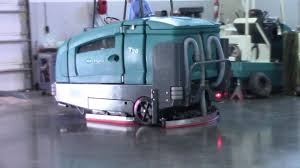 tennant t20 scrubber sweeper youtube